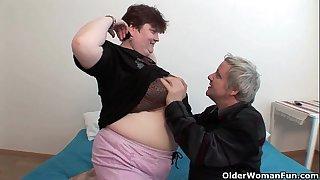 Bbw grandma still enjoys grandpa's petite 10-Pounder