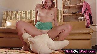 Girls out west - dilettante cutie fucking a teddy bear
