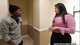 Kim cruz thick latin babe gives bbc blow job in her office