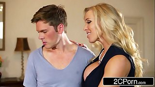 British stepmom rebecca moore makes a decision to give mia malkova sex lessons