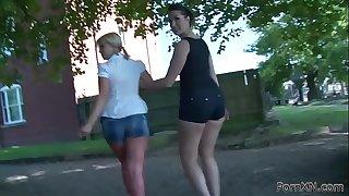 Squirting fisting milf lesbian babes