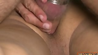 616-Muscle-bear-flip-flop-and-cumshot
