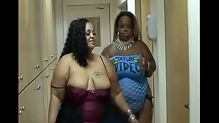 Two big asses for a black #1