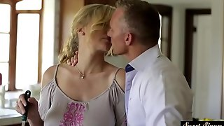 Interdiction stepmom fucked and unseeable in jizz