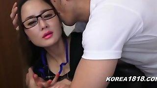 KOREA1818.COM - UPTIGHT Korean Lady close by Glasses