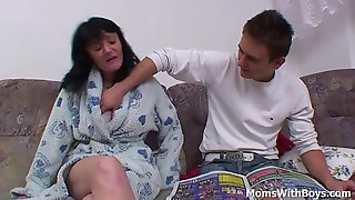 Busty Mother Fucking Son'_s Cock